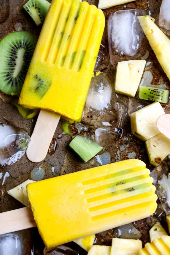 Anti-inflammatory tropical turmeric popsicles. Quick and easy, only 5 ingredients! A frozen treat that is good for you. |abraskitchen.com