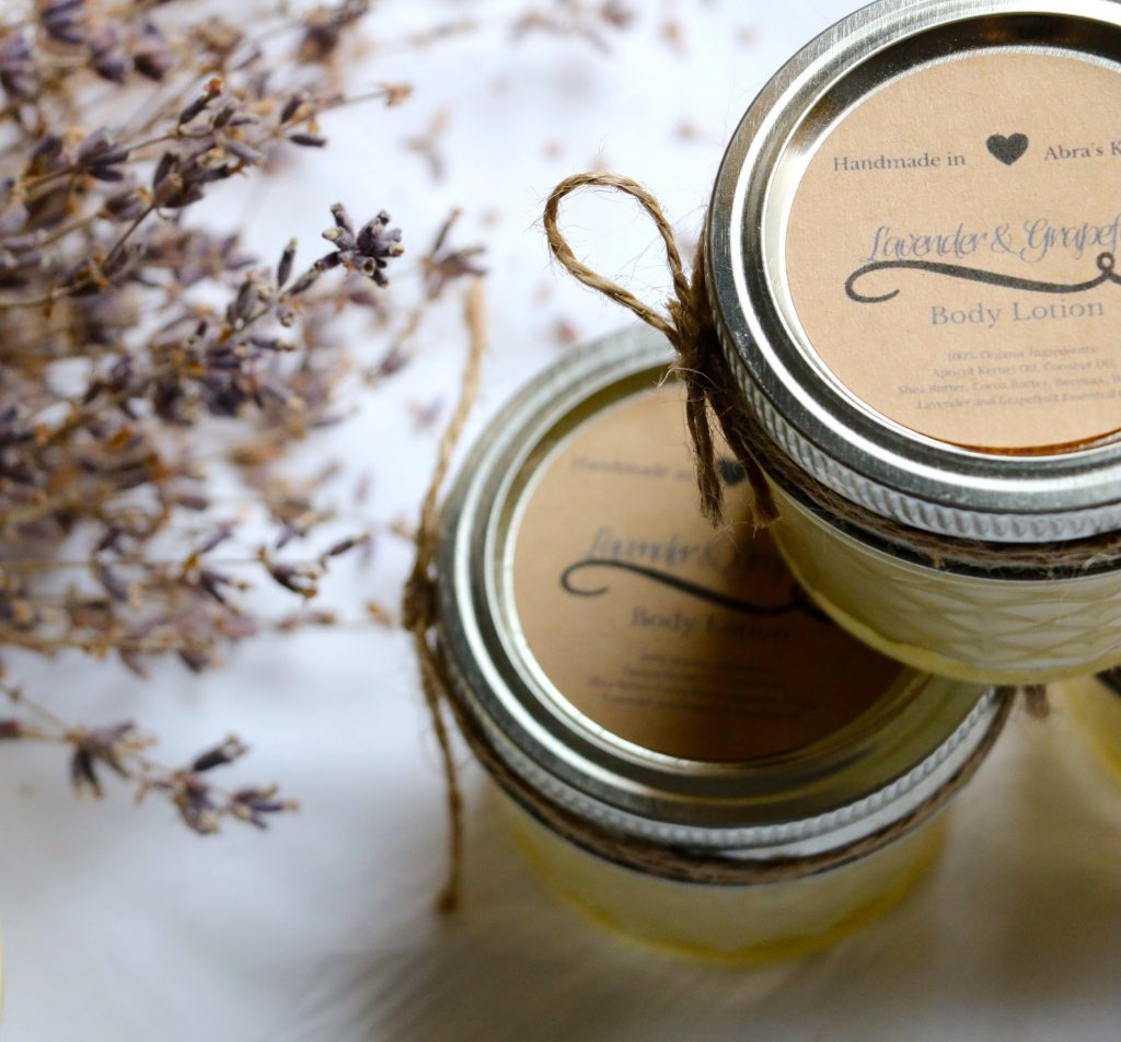 DIY Whipped Lavender Body Lotion with Coconut Oil