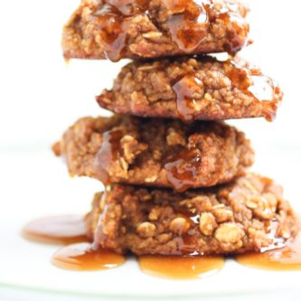 Gluten Free Pumpkin Oatmeal Cookies with a Maple Ginger Glaze. A simple recipe using only one bowl and a blender. All real food! Woohoo! | abraskitchen.com