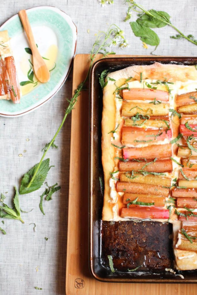 Ricotta flatbread with roasted rhubarb, honey, and mint. A few simple real food ingredients, quick and easy, and so yummy!   abraskitchen.com