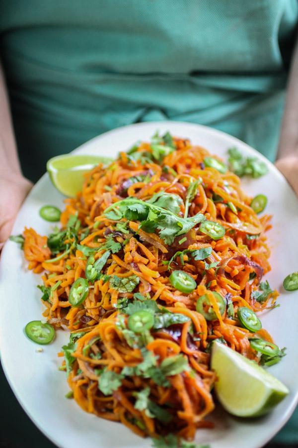 Spiralized sweet Potato Noodles with Jalapeno Lime Dressing,sweet potato, fresh cilantro, spicy jalapeno and tangy lime juice. Vegan, gluten free, paleo, Whole30| abraskitchen.com