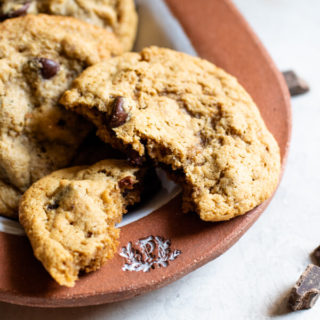 Almond Flour Chocolate Chip Cookies