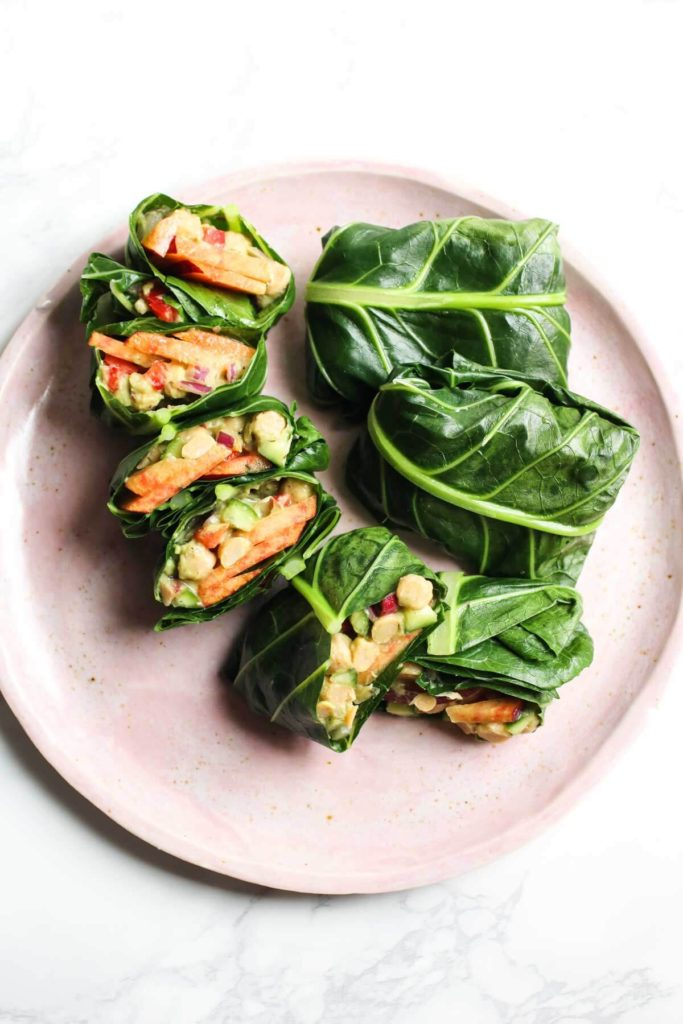 Avocado Peach Chickpea Salad Collard Wraps, superbly healthy and super easy lunch. Vegan, gluten free, seasonal and yummy!