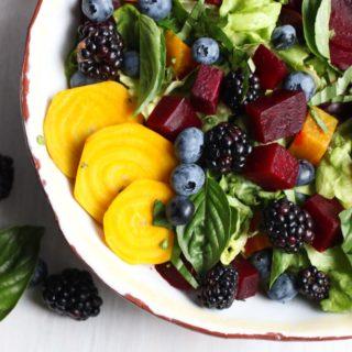 The freshest seasonal ingredients create a beet salad with berries and avocado basil vinaigrette. Vegan, gluten free, paleo, Whole30. |abraskitchen.com
