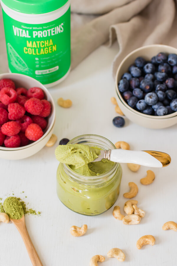 Creamy cashews blended with earthy antioxidant-rich matcha and the protein powerhouse collagen. A delicious healthy snack to spread on toast or fruit.