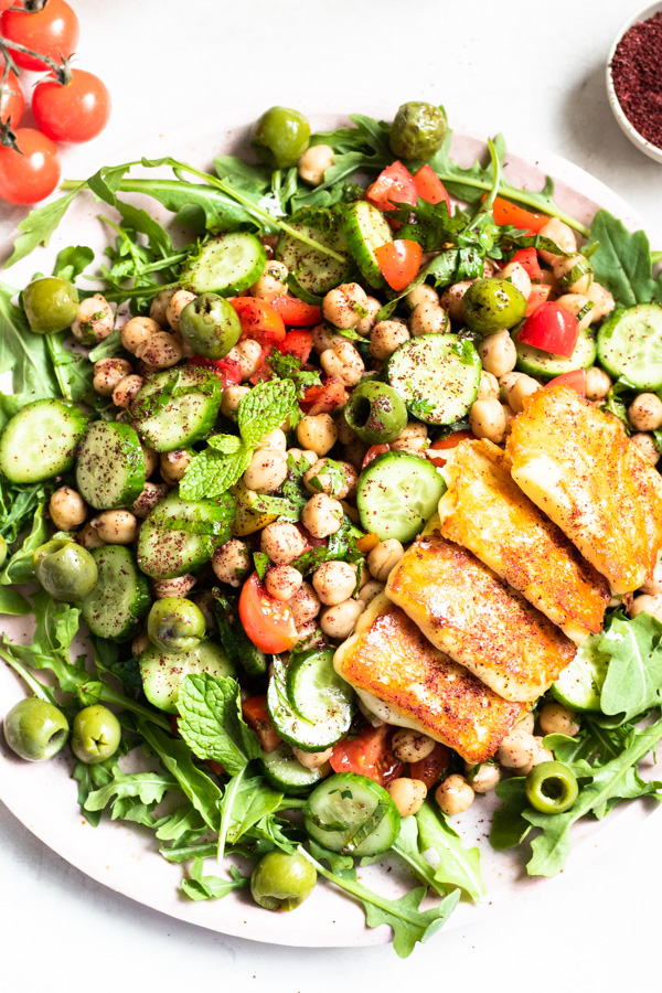 Easy Mediterranean Chickpea Salad