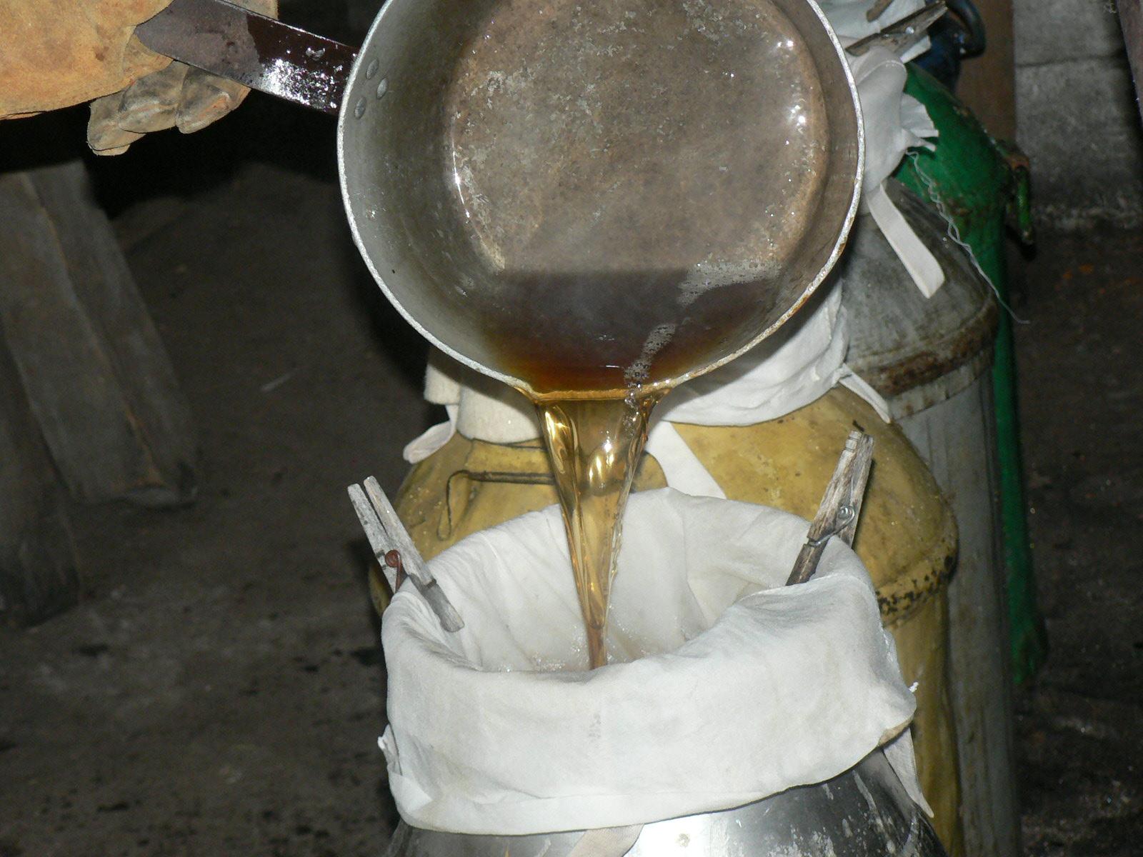 Maple Pour