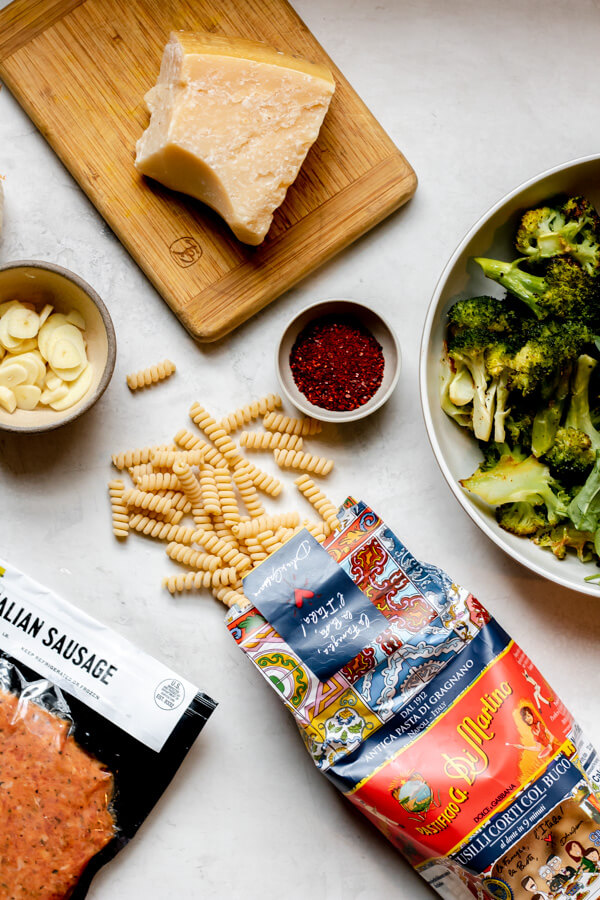 Spicy Sausage and Broccoli Pasta Ingredients